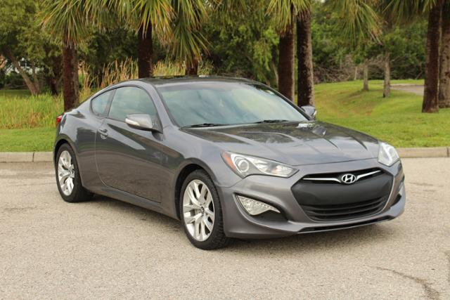 Pre Owned 2014 Hyundai Genesis Coupe 3.8 Grand Touring